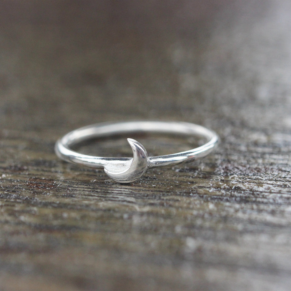 Load image into Gallery viewer, 925 Sterling Silver Tiny Crescent moon ring,Stacking ring,Tiny Moon Ring, Silver Moon Ring,Dainty jewelry,Minimalist ring,Minimalist jewelry
