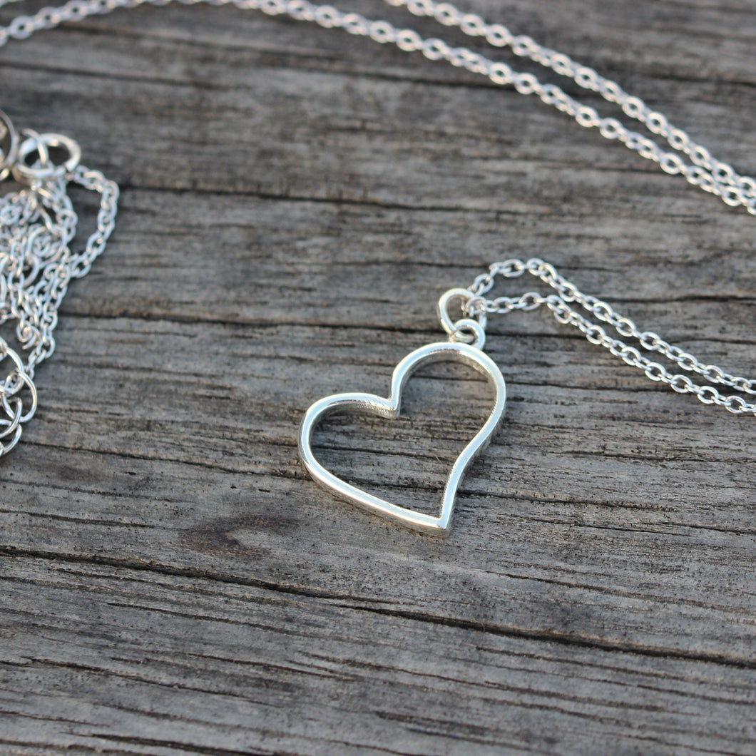Floating Heart Necklace,silver heart necklace,925 Sterling silver heart jewelry,Minimalist Heart necklace,dainty silver necklace