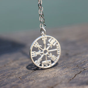 Load image into Gallery viewer, 925 sterling silver Vegvisir necklace,Viking rune necklace,silver rune necklace,Valknut Norse Viking Symbol inspired jewelry