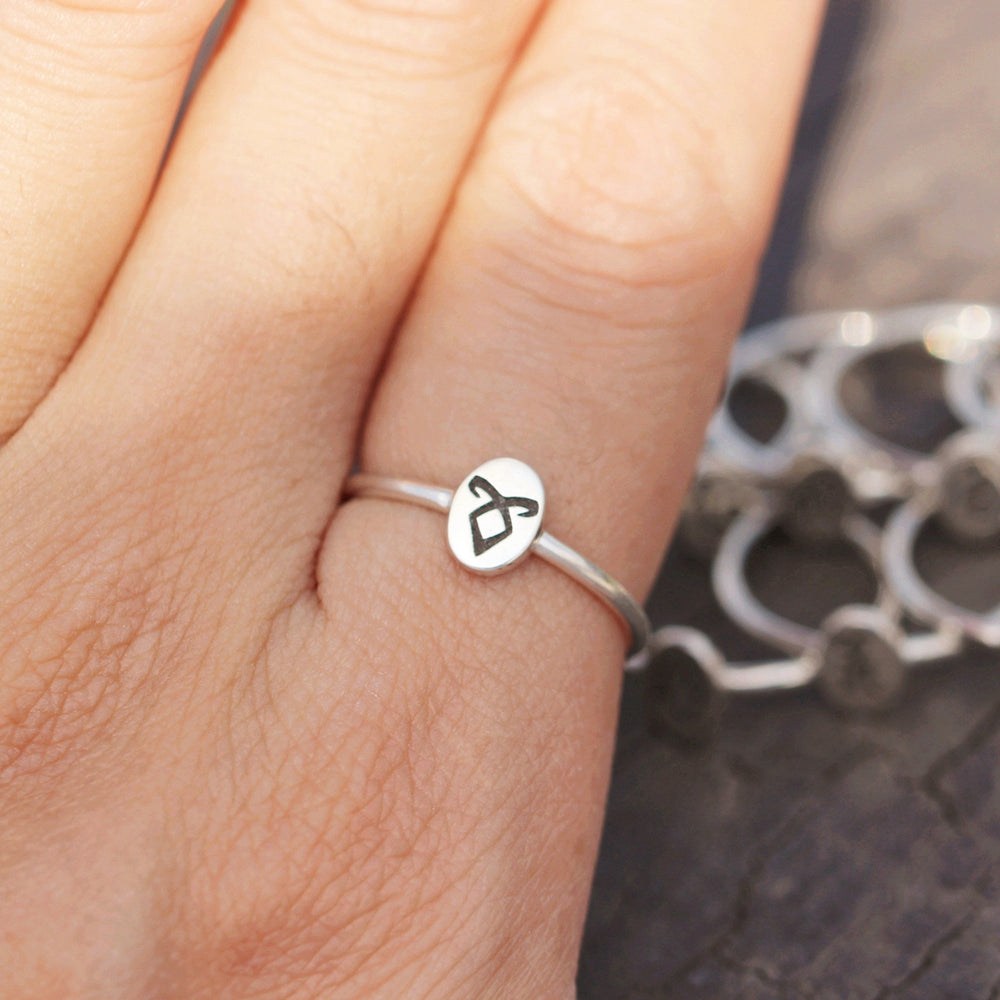 Load image into Gallery viewer, 925 sterling silver Power runes Ring,Parabatai Rune Ring,Healing runes Ring,Rune Symbols jewelry,Minimal silver Ring,Viking Rune Ring