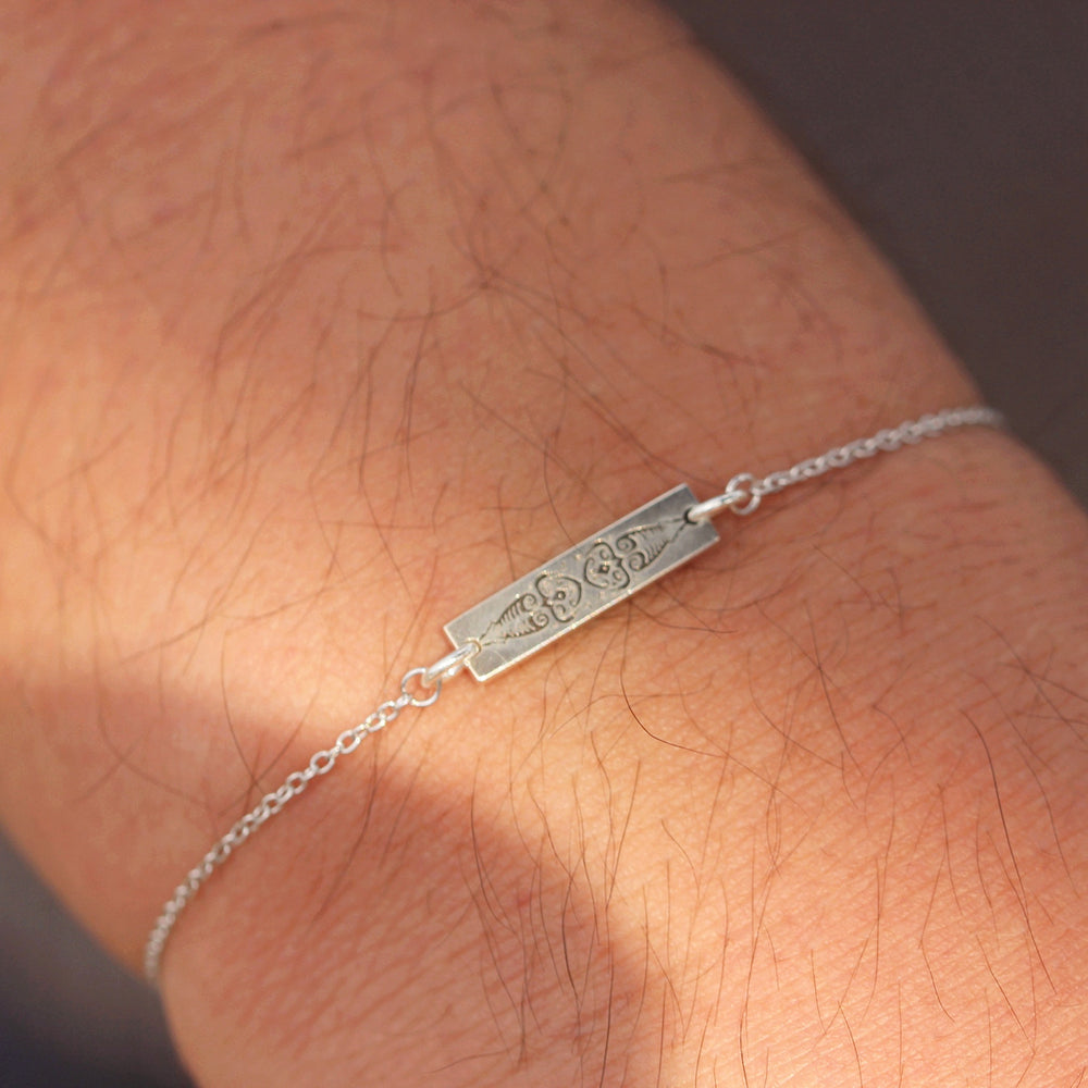 Load image into Gallery viewer, sterling silver bar bracelet Semicolon bracelet,Dot & comma bracelet,SUICIDE AWARENESS jewelry,everyday bracelet,Your Story Isn't Over