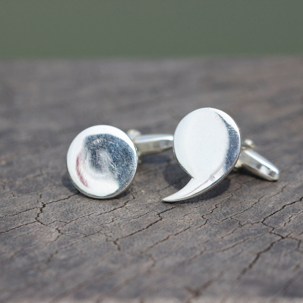 Load image into Gallery viewer, sterling silver Semicolon CuffLinks,Dot & comma CuffLinks Gift for Men,Custom cufflinks, Husband Gift,Wedding Cufflinks