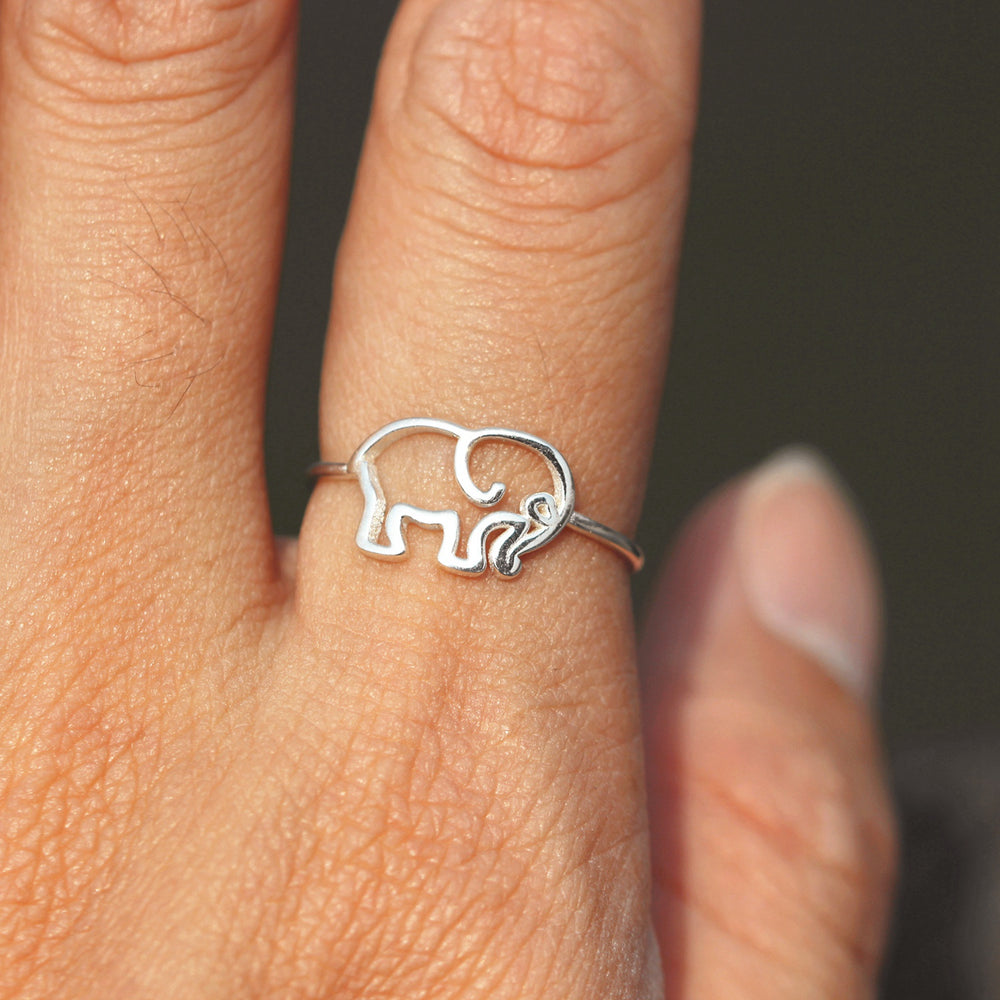 silver elephants RING,baby Elephant Ring,Elephant Animal jewelry,Handmade Silver Animal Ring,gifts idea