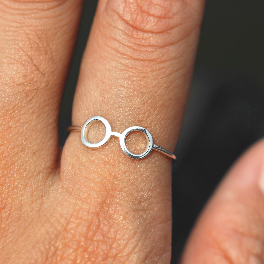 Load image into Gallery viewer, Glasses Ring, Sterling SilverRing,Glasses Ring Silver,Eyeglasses ring,sunshades ring,Summer ring