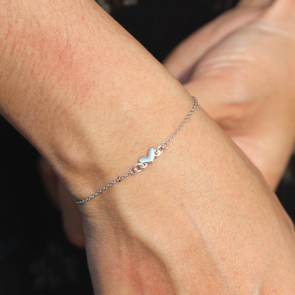 sterling silver heart bracelet,love bracelet,thin heart bracelet in silver,tiny heart bracelet,friend gift