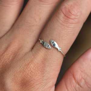 Load image into Gallery viewer, sterling silver Lucky fish Ring,Christian Fish Ring,Silver Fish Ring,adjustable ring,Confirmation Ring, Christian Ring,midi fish ring