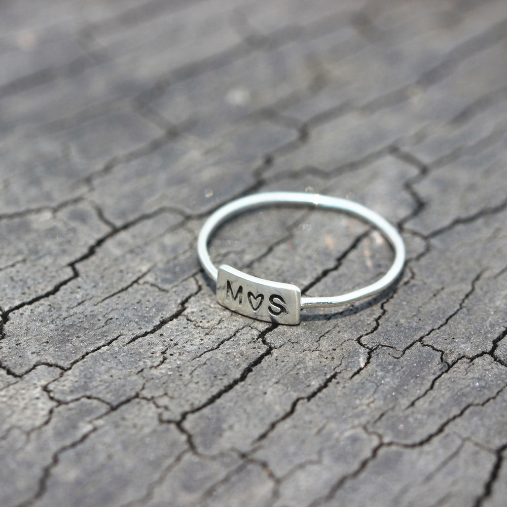 Load image into Gallery viewer, leave note - Personalized Name Ring,Dainty Bar Ring,Custom Name Jewelry,Sterling Silver Ring,Monogram Bar ring,shorter Bar ring,pamela custom jewelry