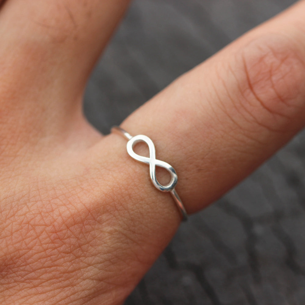 Load image into Gallery viewer, 925 sterling silver infinite ring,infinite jewelry,dainty Infinity knot ring,Infinite Love ring,gift idea