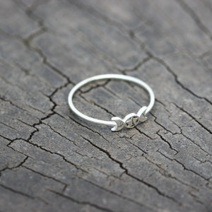 Load image into Gallery viewer, 925 silver Triple Moon pentacle ring,Crescent Moon ring,Moon Goddess ring,Mythology jewelry,Stacking Ring,simple jewelry