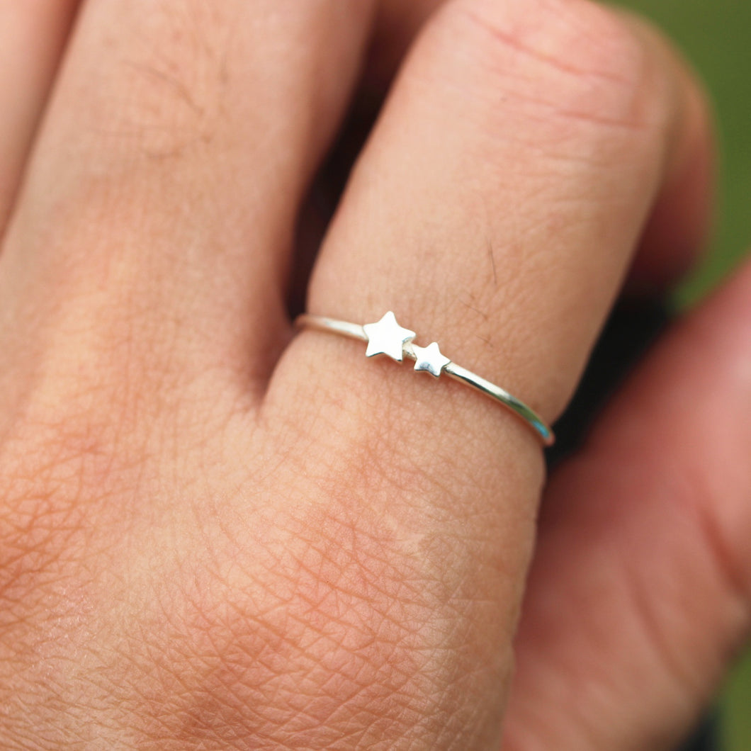 Tiny star ring,sterling silver stars jewelry,simple minimal ring,double stars ring,twinkle stars, dainty ring,Minimalist jewelry,midi ring