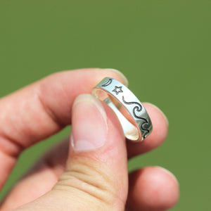 Load image into Gallery viewer, Sterling silver Wave Ring,WATER Wave Ring,Ocean Waves RING,Silver Wave Ring,Ocean Surf Ring,summer Beach Ring