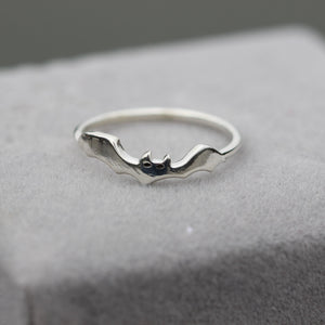 Load image into Gallery viewer, 925 sterling silver bat ring batman inspired jewelry Vampire bat jewelry