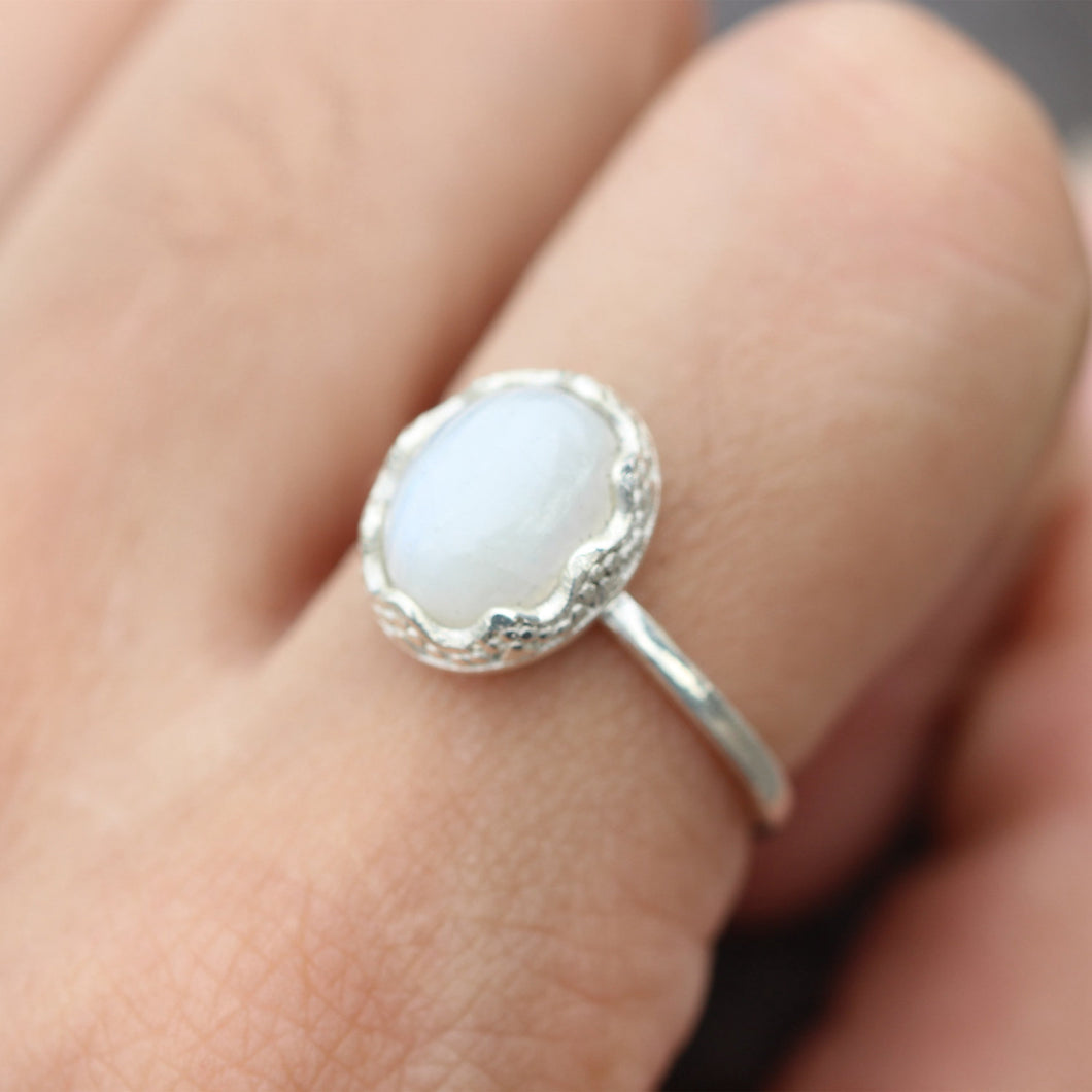 Oval moonstone ring,sterling silver ring,everyday necklace,gift for her
