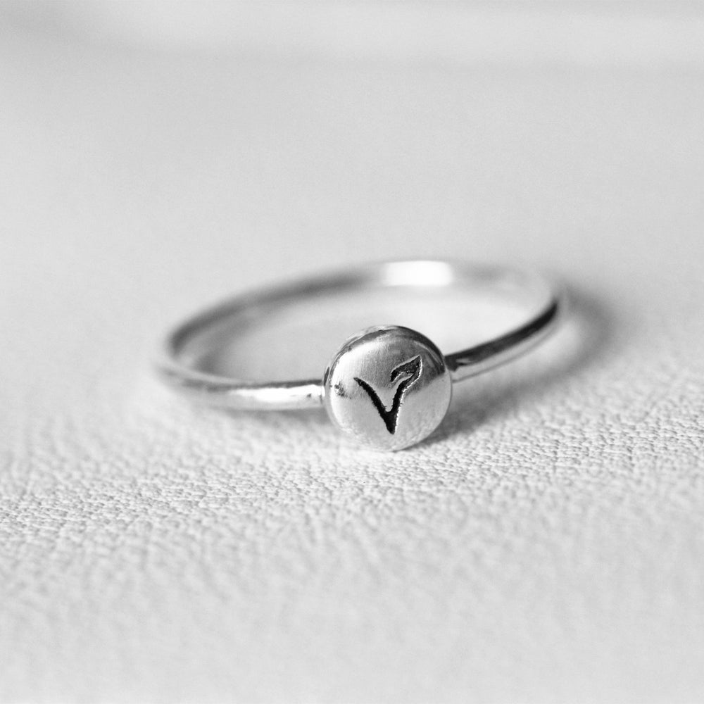 Load image into Gallery viewer, Vegan Ring Sterling Silver V ring Vegan and Vegetarian V Vegan Friendly Ring Vegan Jewelries