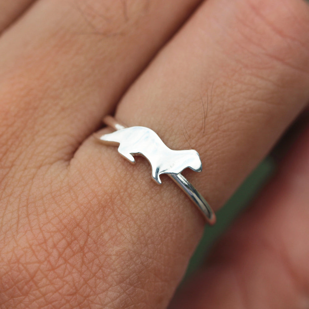 Load image into Gallery viewer, Sterling silver ring, Sea Otter Ring, Sterling Silver Otter Ring, best friend ring, animals jewelry