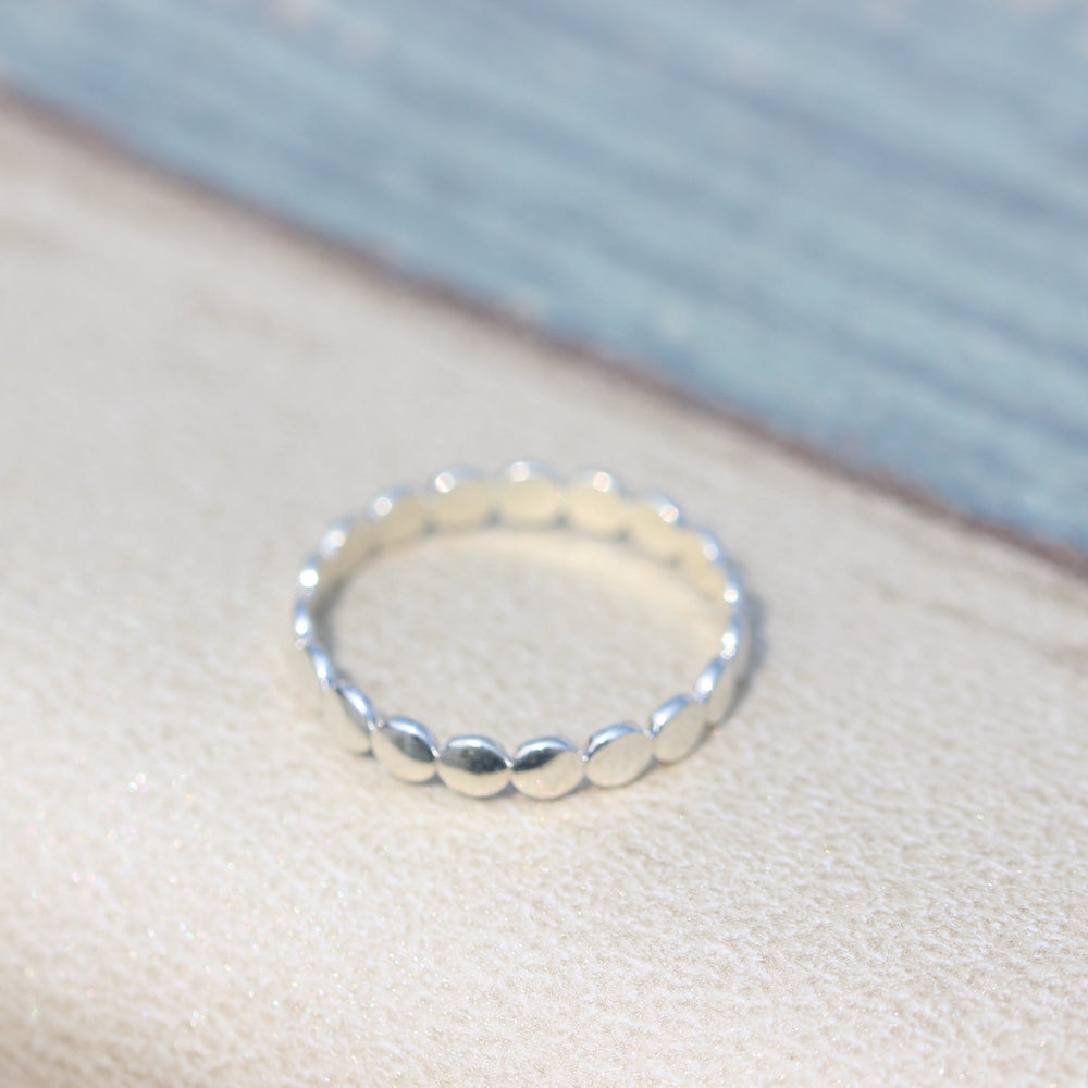Load image into Gallery viewer, Sterling silver ring,Thin Silver round Ring, Sterling cute Thin Ring