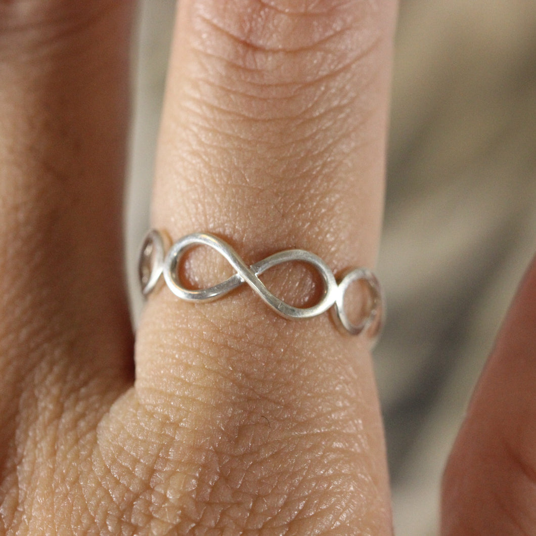 925 silver infinite ring,Infinity silver Ring,minimalist ring, sterling silver ring, delicate ring,Best Friend jewelry
