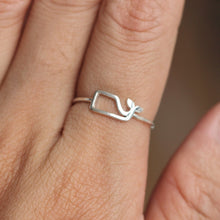 sterling silver whale ring,simple silver ocean ring,midi fish ring,animal lover jewelry,simple elegant jewelry