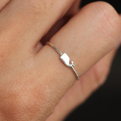 sterling silver tiny whale ring,simple silver ocean ring,midi fish ring,animal lover jewelry,simple elegant jewelry