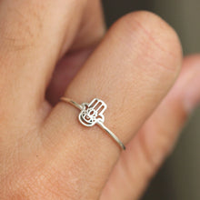 sterling silver hand ring,silver Hamsa ring,hand of god ring,silver filigree hamsa ring, unique hamsa ring jewelry