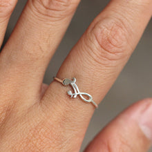 midi silver Mother and Child (Son or Daughter) Infinity ring,mama and baby ring,sterling silver ring,mother's day gifts