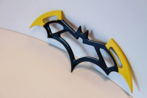 Batgirl Metal Batarang - Comic Sandwiches Prop Replicas