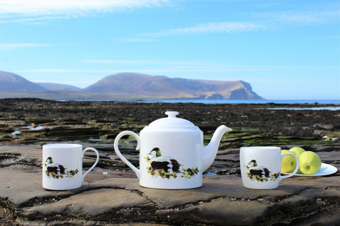 Eider Drake Teapot and Mugs