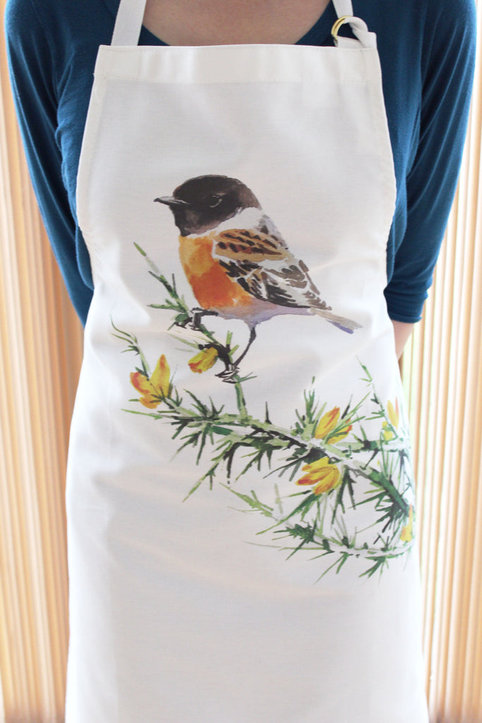 Orkney Storehouse | Stonechat Apron Lifestyle