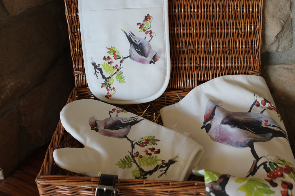 Orkney Storehouse | Waxwing Double Oven Gloves Lifestyle