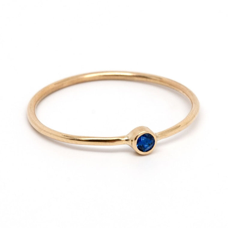 Gold stackable sapphire ring
