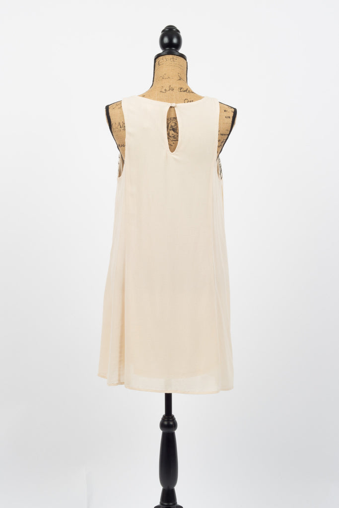 Vogue Sleeveless Dress