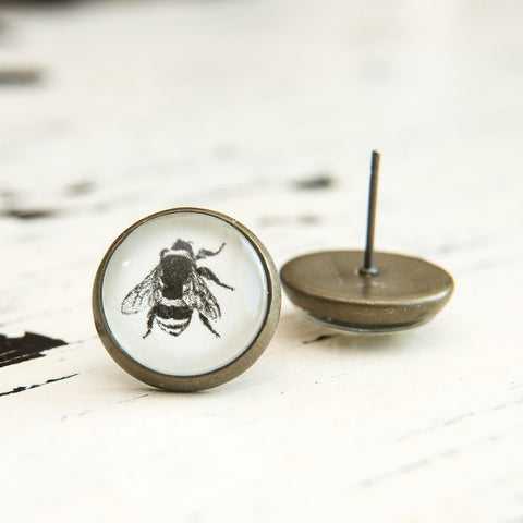Cabochon Earring A Bee