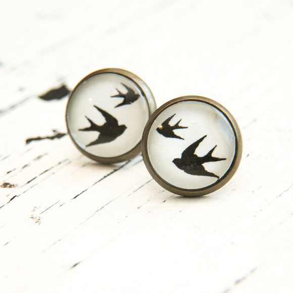 Cabochon Dangly & Stud Earrings / Natural Graphic 2 Swallows / Black & White