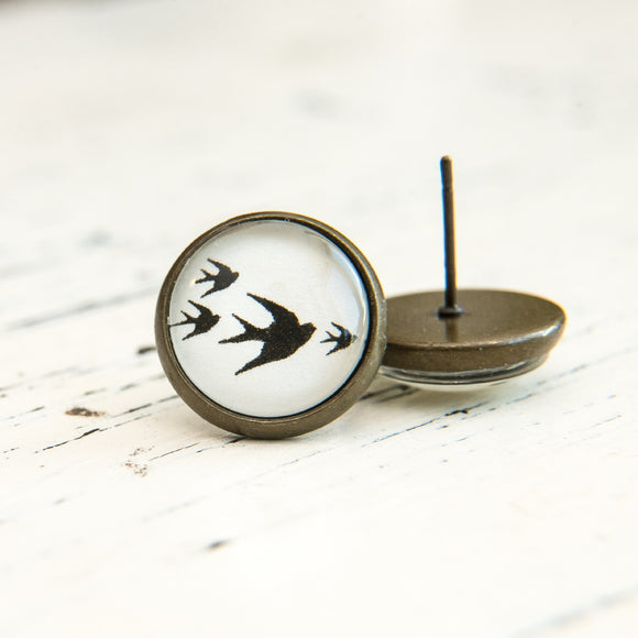 Cabochon Dangly & Stud Earrings / Natural Graphic 4 Swallows / Black And White