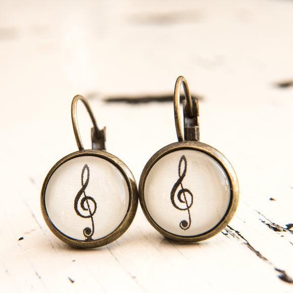 Cabochon Dangly & Stud Earrings / Natural Graphic Treble Clef / Black And White