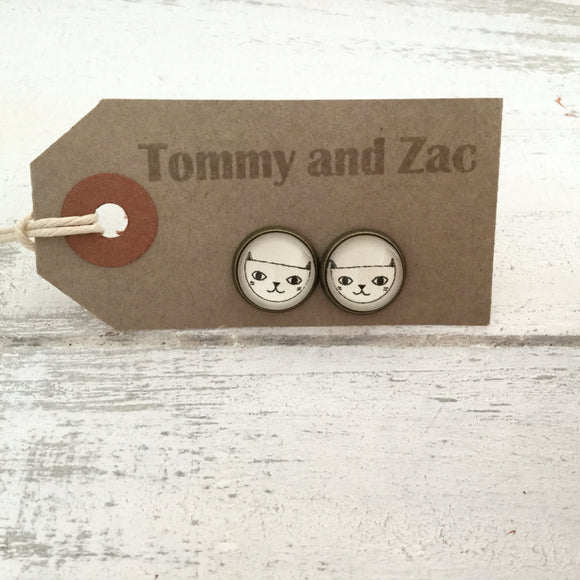 Cabochon Dangly & Stud Earrings / Natural Graphic Cat Face / Black And White