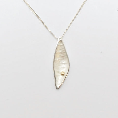 Bloom Pebble necklace - silver with 9ct gold bead
