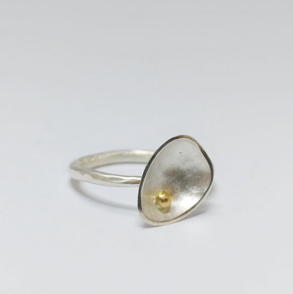 Bloom Pebble ring - silver with 9ct gold bead