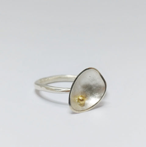Silver Pebble ring with hammered band & 9ct gold bead