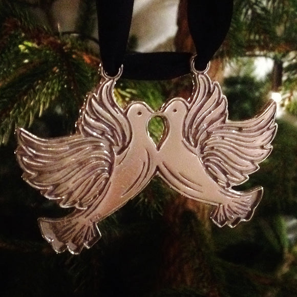 Two Turtle Doves Pewter Christmas Decoration