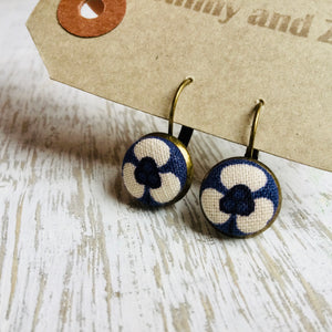 Japanese Fabric Earrings / Purple Cream Flower