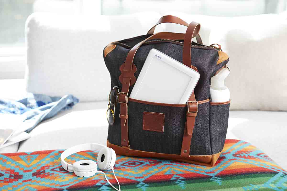 travel bag with happylight