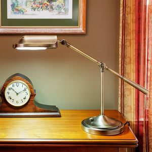 Heritage Banker's Natural Spectrum Task Desk Lamp Nikel