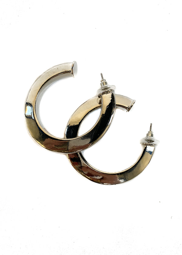 8 OTHER REASONS | Large Camilla Hoops in Silver