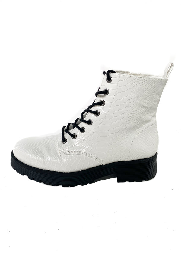 MATISSE | Lotus Combat Boot in White