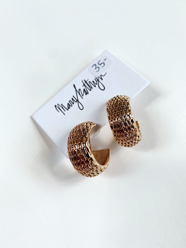 Mary Kathryn | Textured Chunky Hoop Earrings