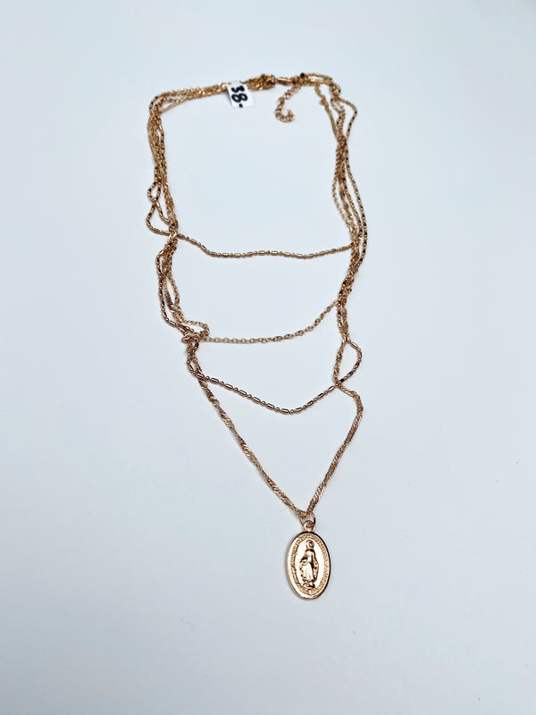 Mary Kathryn | Emily Saint Layer Necklace