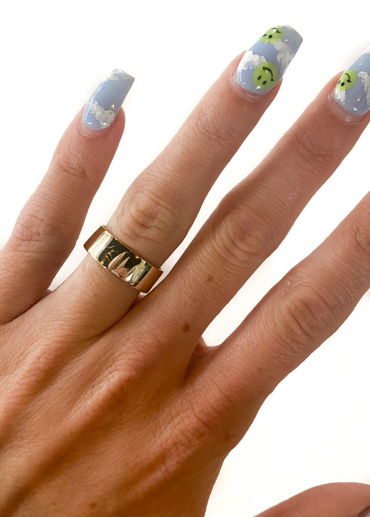 MARY KATHRYN DESIGN | Gold Thick Band Ring