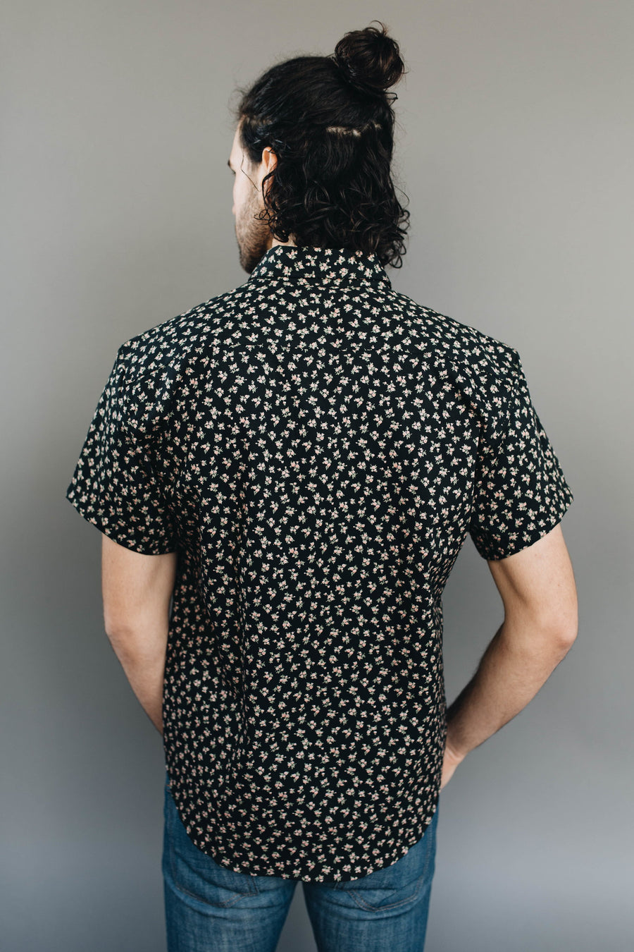 NAKED & FAMOUS | Black Vintage Flowers Short Sleeve