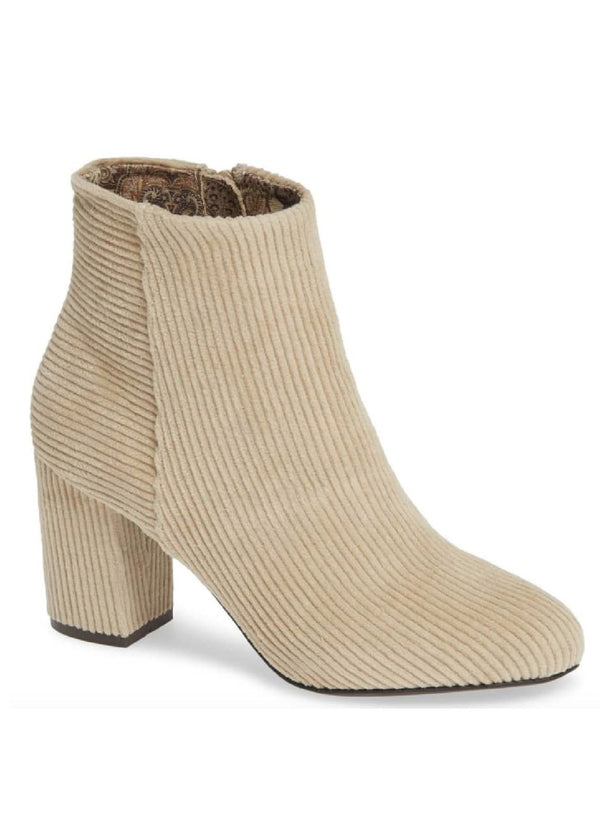 BAND OF GYPSIES |  Andrea Bootie in Winter White